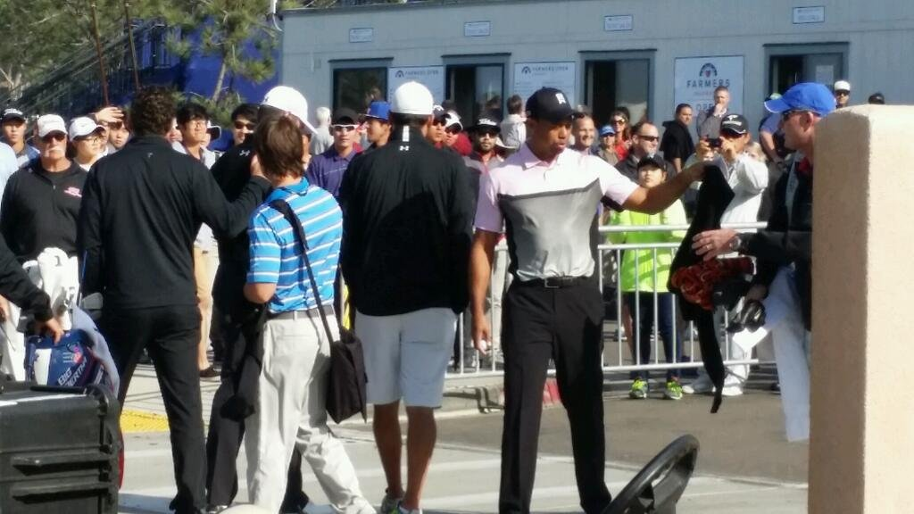 Tiger woods arrives at Torrey Pines for the Farmers Insurance Open. The tournament kicked off Thursday, Jan. 23, 2014. (Photo courtesy: @AliciaCBS8)