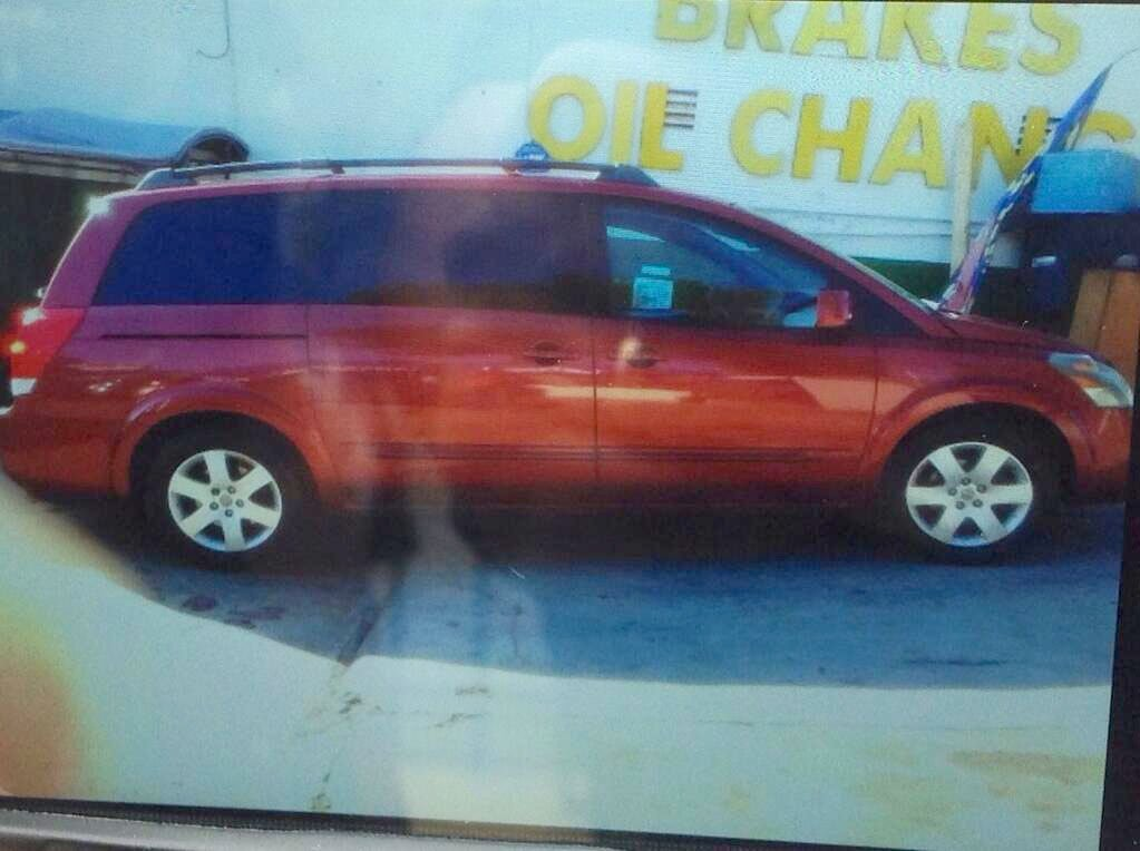 This is a picture of the suspect's vehicle. The image was posted by @LAPDHollenbeck.
