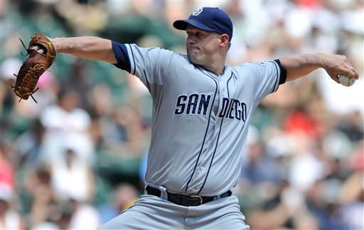 San Diego Padres starter Eric Stults delivers a pitch during the second inning of an inter league baseball game against the Chicago White Sox in Chicago, Sunday, June 1, 2014. (AP Photo/Paul Beaty)