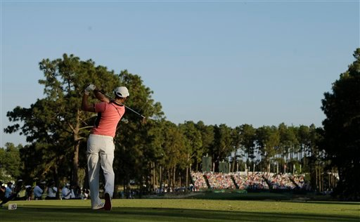 Martin Kaymer, of Germany, watches his tee shot on the 17th hole during the third round of the U.S. Open golf tournament in Pinehurst, N.C., Saturday, June 14, 2014. (AP Photo/Chuck Burton)