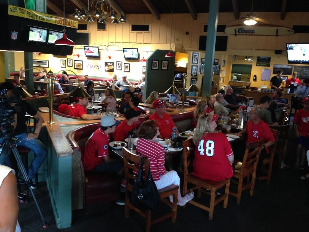 Watch party at Oggie's in Encinitas Friday, August 8, 2014. Photo courtesy: CBS News 8 Photojournalist Vello Vannak.