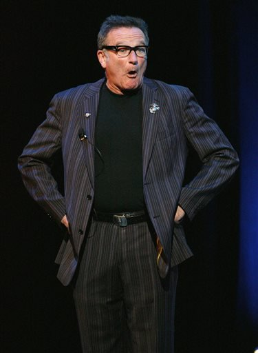 "This Nov. 7, 2007 file photo shows comedian Robin Williams performing at the NY Comedy Festival Event ""Stand Up for Heroes: A Benefit for the Bob Woodruff Family Fund"", in New York."