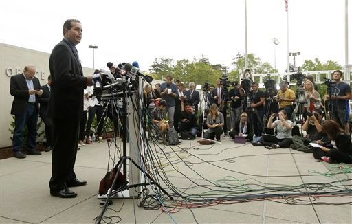 Lt. Keith Boyd, assistant chief deputy coroner for the Marin County Sheriff's Office, speaks at a news conference about the death of Robin Williams in San Rafael, Calif., Tuesday, Aug. 12, 2014. (AP)
