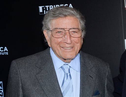 "FILE - In this Feb. 24, 2014 file photo, singer Tony Bennett poses at the 20th anniversary screening of ""A Bronx Tale"" in New York. (AP)"