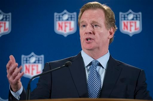 NFL football commissioner Roger Goodell speaks during a news conference following a meeting of NFL owners and executives in New York, Wednesday, Oct. 8, 2014. (AP Photo/John Minchillo)
