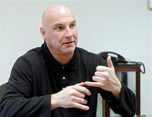 During an interview Friday, Dec. 12, 2014, in Cleveland, Cleveland Police Patrolmen's Association president Jeff Follmer describes the events leading up to the shooting of 12-year-old Tamir Rice by rookie officer Tim Loehmann on Nov. 22, 2014. (AP)