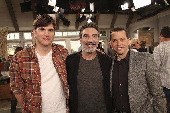 From left to right: Ashton Kutcher, Creator/Executive Producer Chuck Lorre, and Jon Cryer. Photo: Michael Yarish/Warner Bros. Entertainment Inc. ©2015 WBEI.