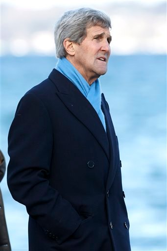 US Secretary of State John Kerry takes a walk at Lake Geneva prior to a bilateral meeting with Iranian Foreign Minister Mohammad Javad Zarif for a new round of Nuclear Talks, in Geneva, Switzerland, Sunday, Feb. 22, 2015. (AP Photo/Keystone,Salvatore Di N
