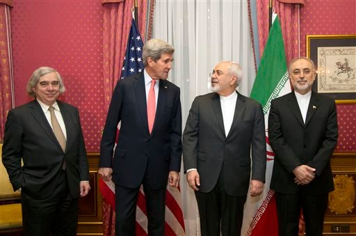 U.S. Energy Secretary Ernest Moniz, U.S. Secretary of State John Kerry, Iran's Foreign Minister Mohammad Javad Zarif and the head of the Atomic Energy Organization of Iran Ali Akbar Salehi, from left to right, pose for a photograph before resuming talks o