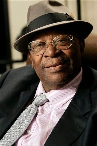 In this photo taken on Wednesday, Aug. 27, 2008, Blues legend B.B. King pauses during an interview in Los Angeles. King, whose scorching guitar licks and heartfelt vocals made him the idol of generations of musicians and fans while earning him the nicknam