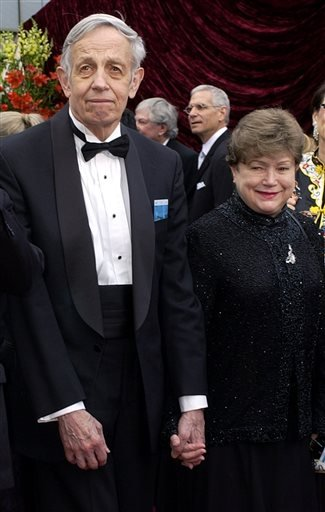 "In this March 24, 2002 file photo, John Nash, left, and his wife Alicia, arrive at the 74th annual Academy Awards, in Los Angeles. Nash, the Nobel Prize-winning mathematician whose struggle with schizophrenia was chronicled in the 2001 movie ""A Beautiful"