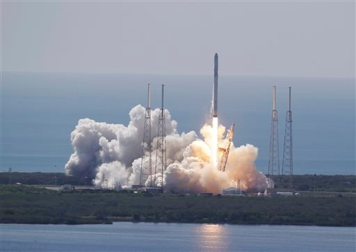 The SpaceX Falcon 9 rocket and Dragon spacecraft lifts off from Space Launch Complex 40 at the Cape Canaveral Air Force Station in Cape Canaveral, Fla., Sunday, June 28, 2015. The rocket carrying supplies to the International Space Station broke apart sho