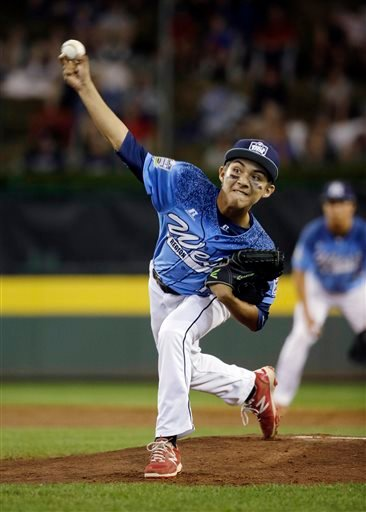 Bonita, Calif.'s Antonio Andrade pitches during the first inning of a U.S. elimination baseball game against Pearland, Texas, at the Little League World Series, Thursday, Aug. 27, 2015, in South Williamsport, Pa.