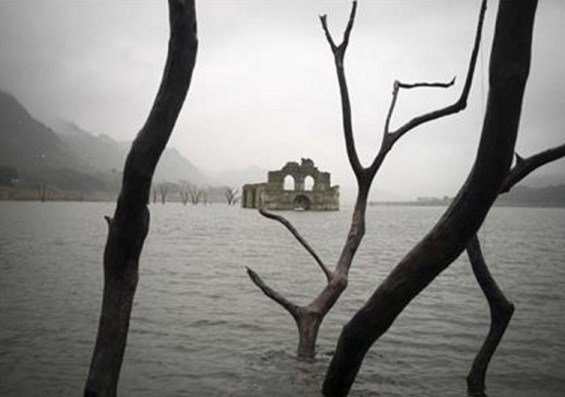 The temple, built by Dominican friars in the region inhabited by the Zoque people, was submerged in 1966 when the Nezahualcoyotl dam was built. (AP Photo/David von Blohn)