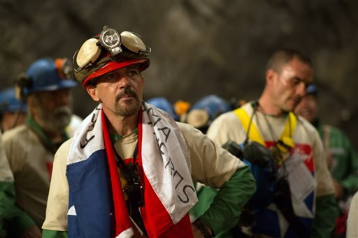 "This photo provided by Warner Bros. Pictures shows, Antonio Banderas as Mario Sepulveda in Alcon Entertainment's true-life drama ""The 33,"" a Warner Bros. Pictures release. The film, directed by Patricia Riggen, releases in U.S. theaters on Nov. 13, 2015."