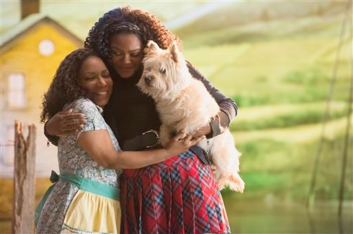 "In this image released by NBC, Stephanie Mills portrays Auntie Em, left, and Shanice Williams portrays Dorothy in ""The Wiz Live!"" premiering on Dec. 3 at 8 p.m. ET on NBC. Williams, a 19-year-old New Jersey native chosen from hundreds of hopefuls, had alr"
