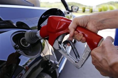 The plunging price of oil in 2016 is dragging stock markets to their worst start to a year ever, even though low fuel prices are great for consumers and most companies. (AP Photo/Gene J. Puskar, File)