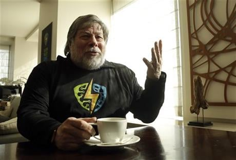 Apple co-founder Steve Wozniak is interviewed in San Francisco, Wednesday, Feb. 10, 2016. Wozniak is helping to create the inaugural Silicon Valley Comic Con, which will be held from March 18-20, 2016, in San Jose, Calif. (AP Photo/Jeff Chiu)