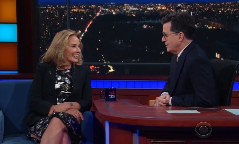 Jessica Lange Is Feuding With Kellyanne Conway (In Her ...