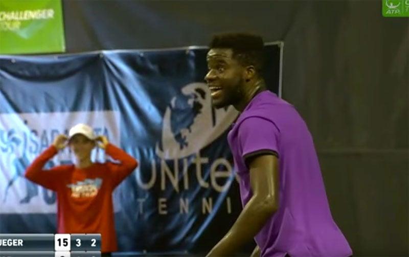 Loud sex sounds interrupt pro tennis match in Florida