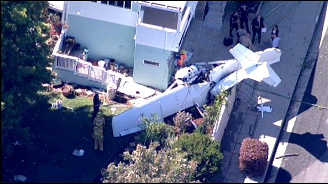 Santa Monica Honda >> Plane crash lands in yard of Santa Monica home - CBS News 8 - San Diego, CA News Station - KFMB ...