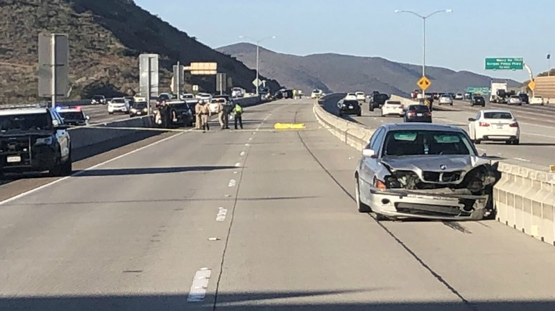 1 killed 2 injured in mira mesa freeway accident cbs for Worldwide motors san diego ca