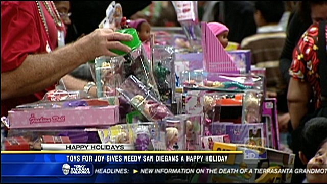 Toys For Joy Gives Needy San Diegans A Happy Holiday Cbs