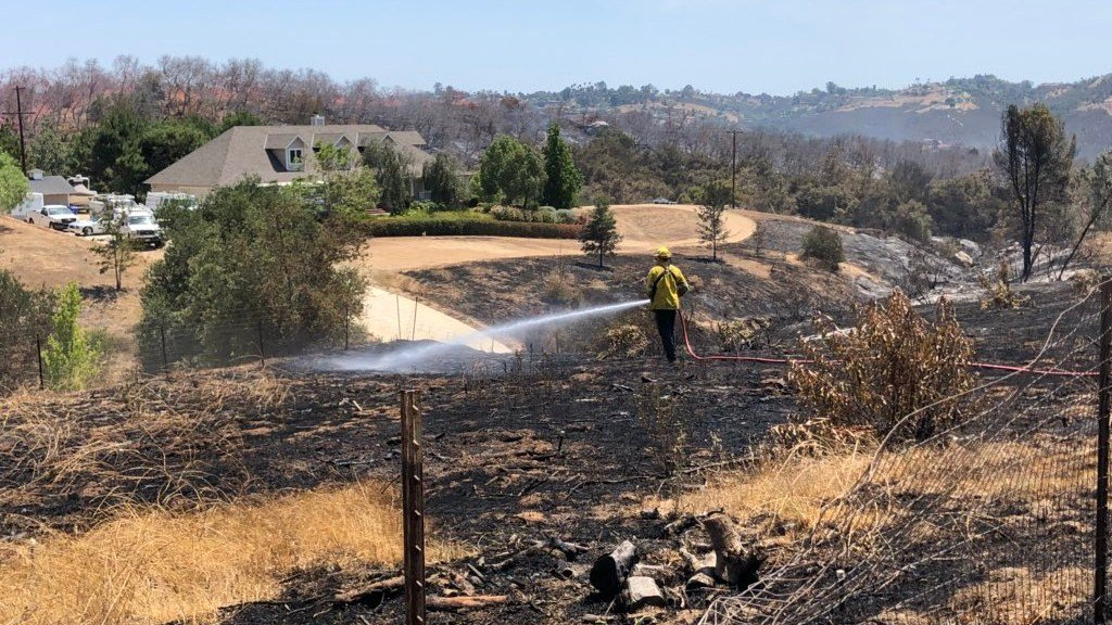 Rock Fire Brush Fire In De Luz Fallbrook Area At 207