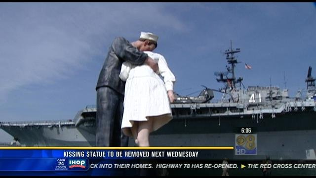 Kissing Statue To Be Removed Next Wednesday Cbs News 8