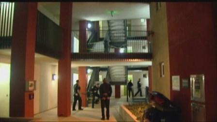 Homicide detectives investigate suspicious death cbs - Apartment complexes san diego ...