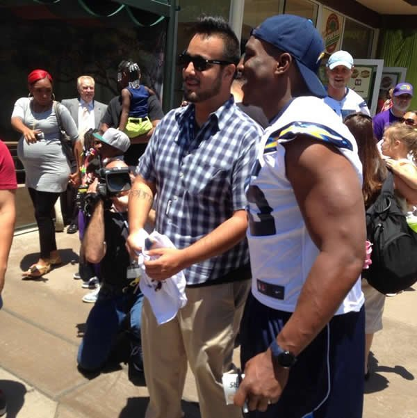 San Diego Chargers Cbs: Chargers 'Thank You San Diego Day' Monday