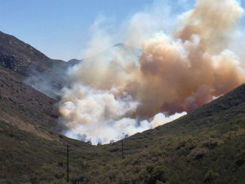 Brush fire in Pine Valley scorches 125 acres - CBS News 8 ...