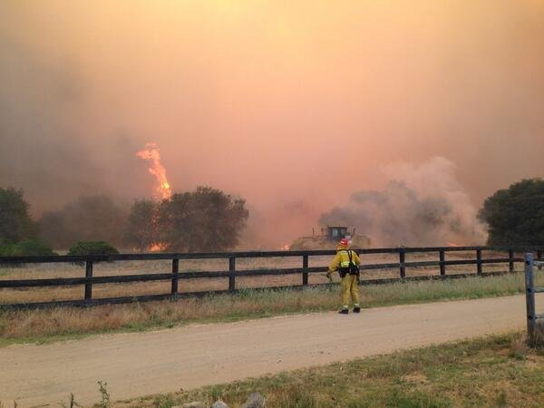 Cocos fire 100 percent contained cbs news 8 san diego for Worldwide motors san diego ca
