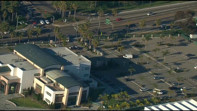 Lockdown At Oceanside High School After Bomb Threat Cbs News 8 San Diego Ca News Station