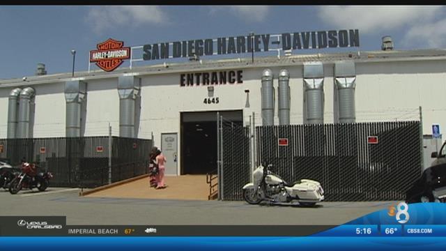 Wwii veteran makes 3 000 mile motorcycle ride cbs news 8 for Worldwide motors san diego ca