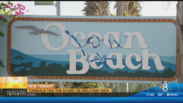 Vandals Tag The Iconic Ocean Beach Welcome Sign Cbs News
