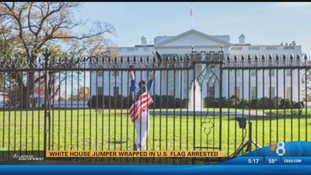 White House Undergoes Holiday Lockdown After Man Jumps Fence Cbs