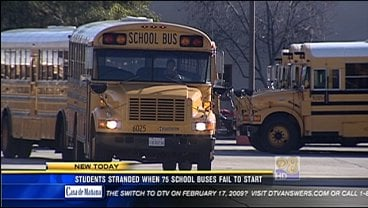 Students Stranded When 75 School Buses Fail To Start Cbs News 8