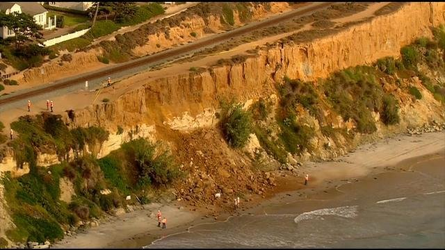 Station Park Honda >> Sea-bluff collapse in Del Mar delays train service - CBS News 8 - San Diego, CA News Station ...