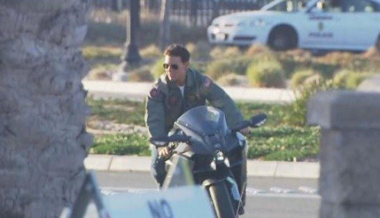 Coronado Tom Cruise Back In San Diego Filming Top Gun 2 Cbs News 8 San Diego Ca News