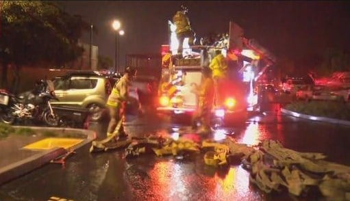 Fire Damages 50 Foot Boat Docked Near Kona Kai Resort On Shelter Cbs News 8 San Diego Ca