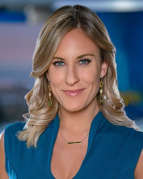 Ashley Jacobs Cbs News 8 San Diego Ca News Station Kfmb Channel 8